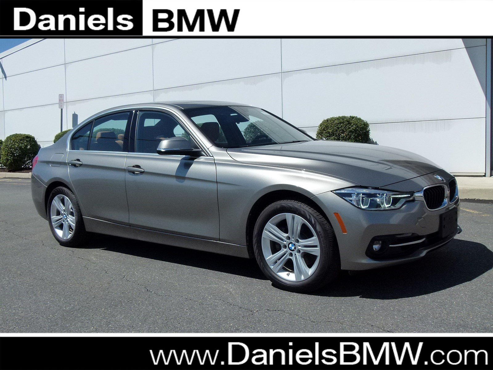 Pre Owned 2018 BMW 3 Series 330i xDrive 4dr Car in Allentown